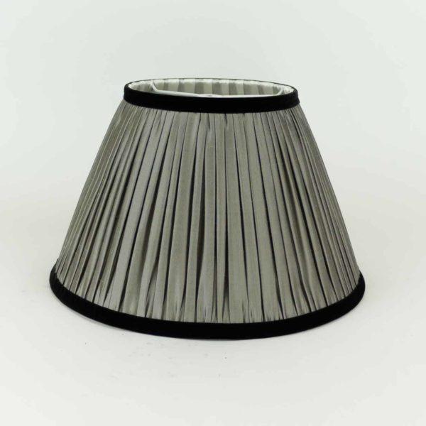 Lampe en métal argenté