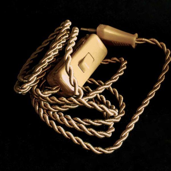 cordon-electrique-en-tissu-de-couleur-or