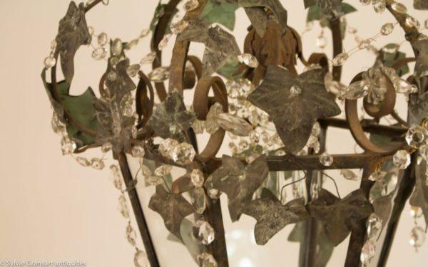 guirlandes-de-cristaux-sur-lanterne