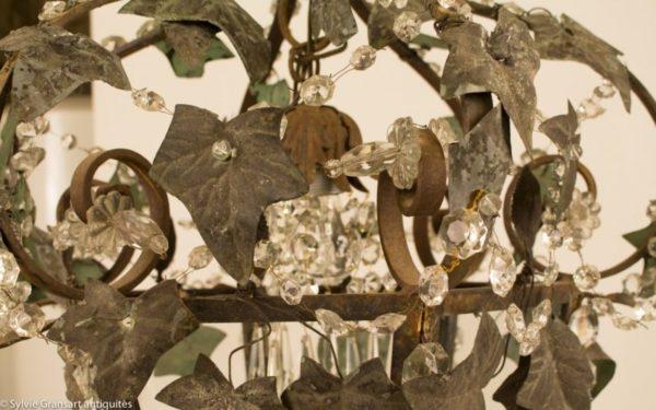 feuilles-de-lierres-sur-lanterne