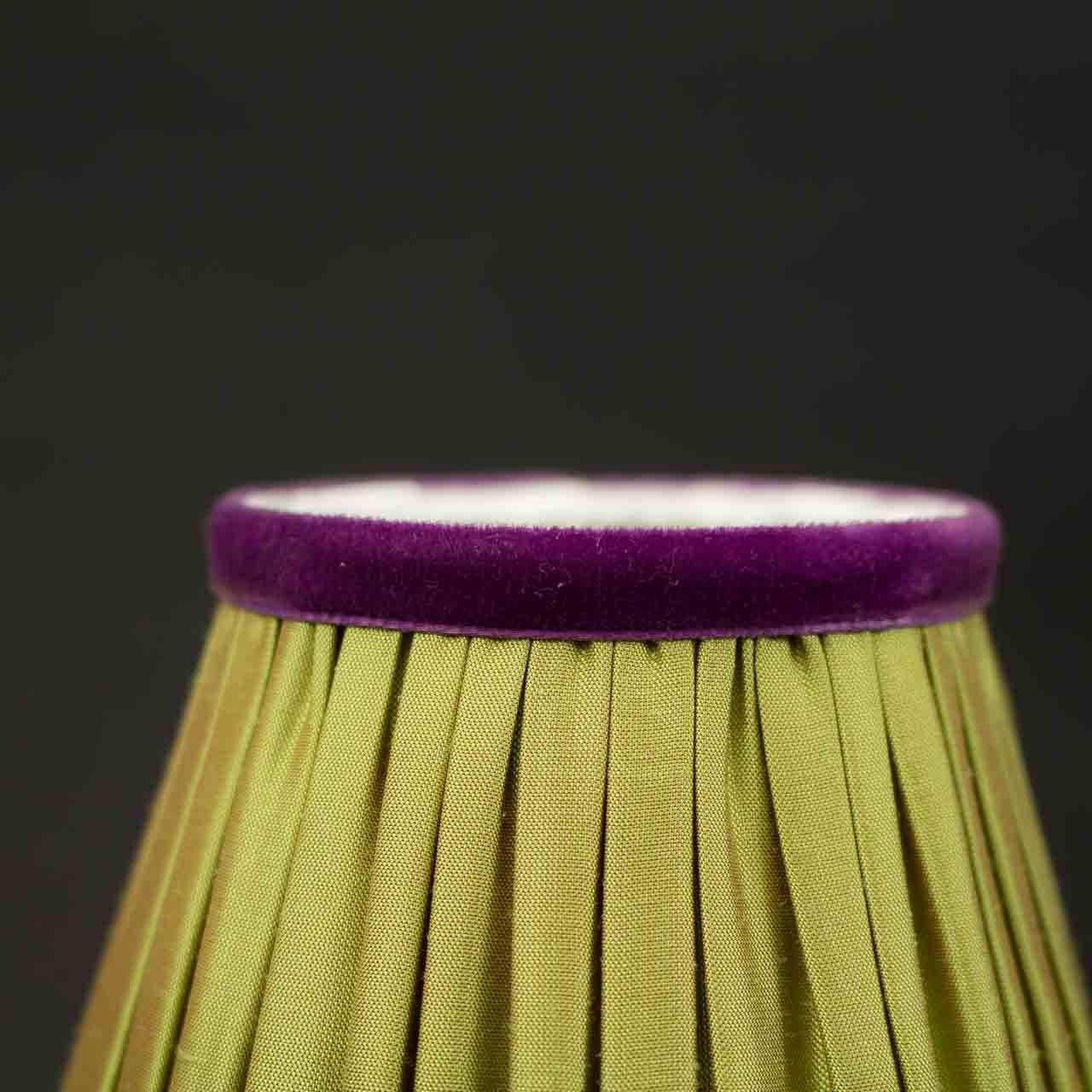 abat jour pour lampe de chevet sylvie gransart antiquaire. Black Bedroom Furniture Sets. Home Design Ideas