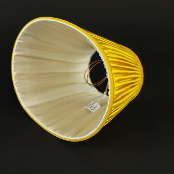abat-jour-ovale-avec-sa-doublure-ivoire-aj19042