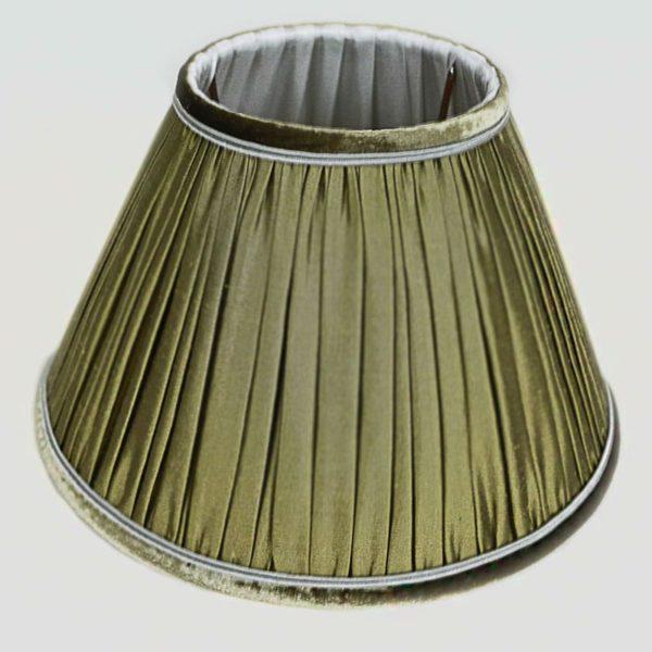 abat-jour-en-soie-de-couleur-verte